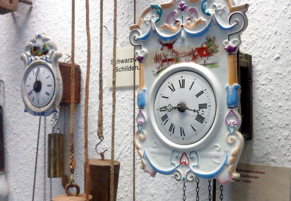 Für alle noch Neujahrs-Taumelnden: Die Uhr tickt!