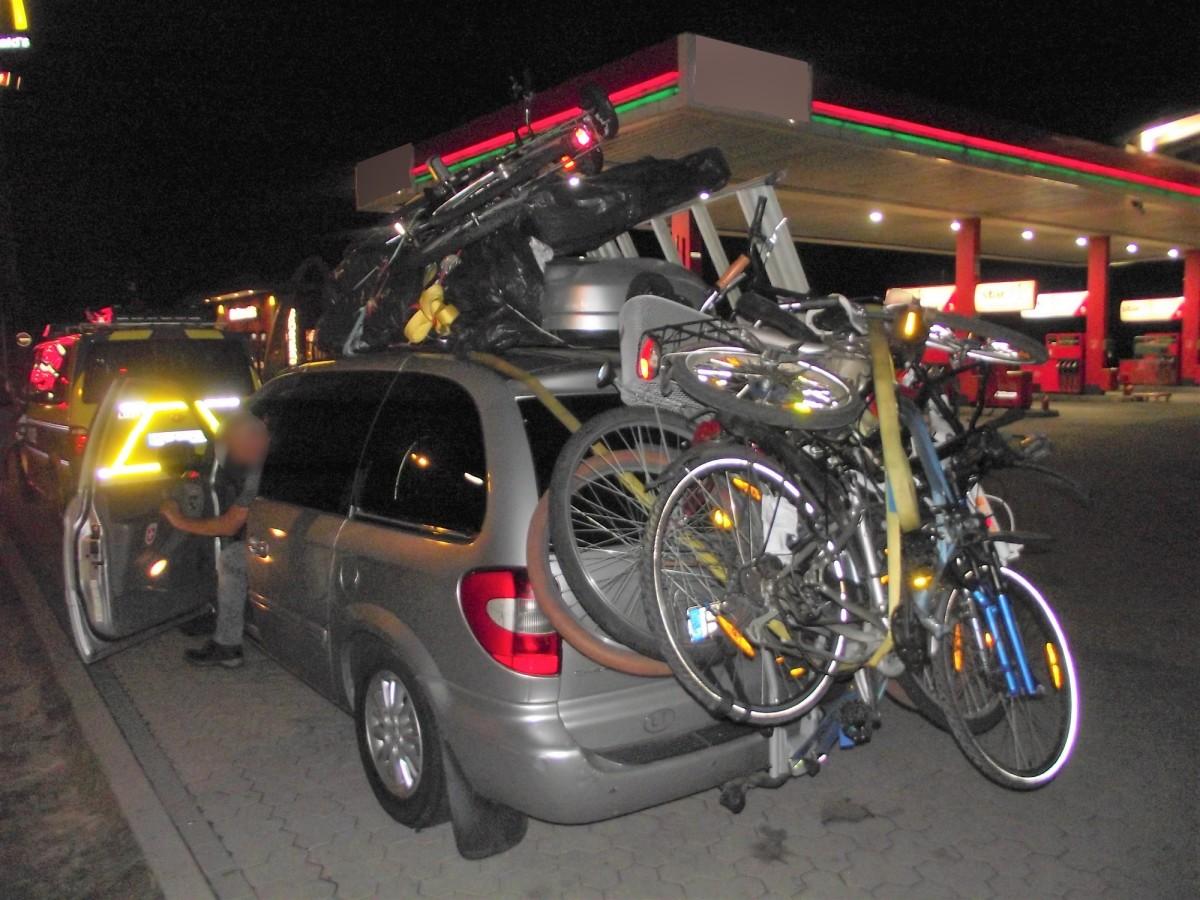 Was ist DAS denn? 6 Fahrräder und Meer!