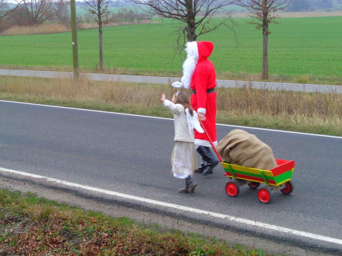Insel Rügen: Der Weihnachtsmann, sein Engel und sein Sonderzug